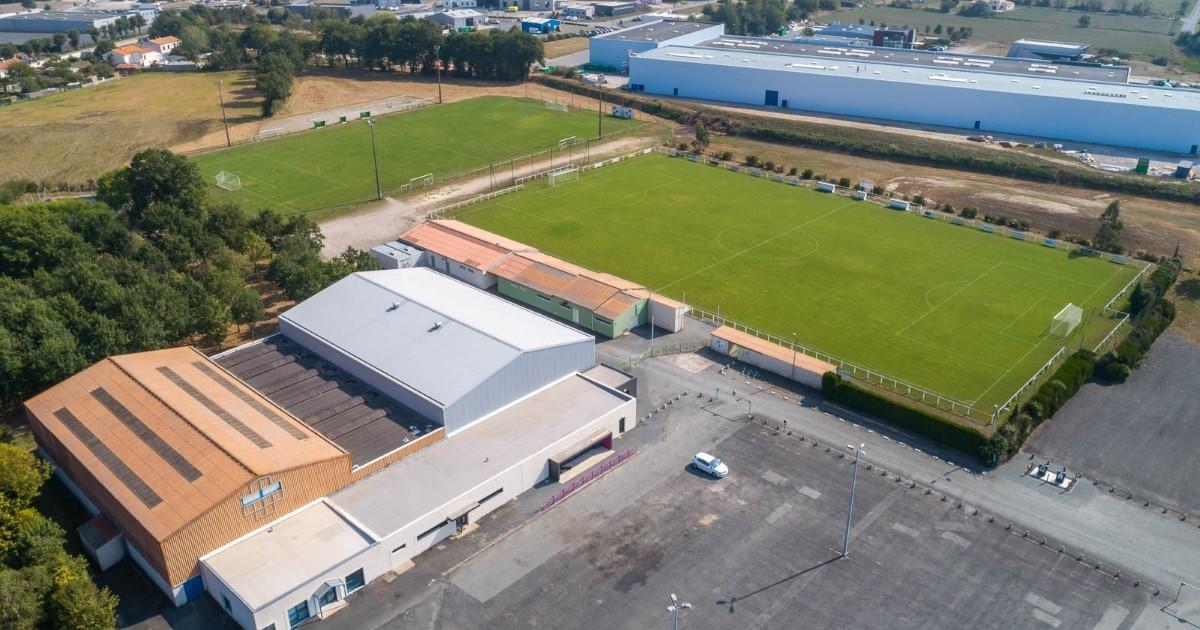 Image - Vue aérienne complexe sportif Treize-Septiers